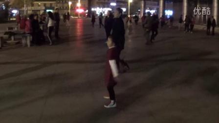 5岁儿童秒杀广场舞大妈(1)16步广场舞