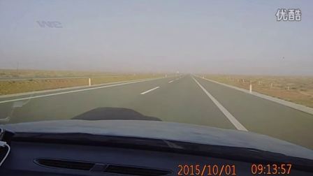 内蒙古阿拉善左旗至额济纳旗途中的风景1
