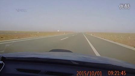 内蒙古阿拉善左旗至额济纳旗途中的风景3