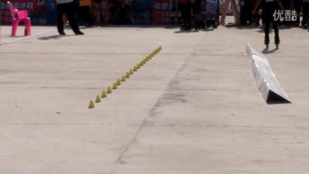 2015年广东省体彩杯轮滑锦标赛朱凯速度绕桩赛。韶关市粤韶土特产特约播放。