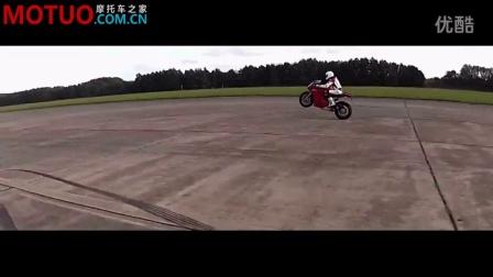 【急速大片】保时捷GT2 RS v杜卡迪1199 Panigale