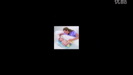 常州育儿培训/给婴儿洗澡的学问/三爱机构育婴师培训中心