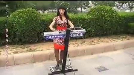双排键,三排键 电子琴 脚踏电子鼓《打虎上山》 高清_标清