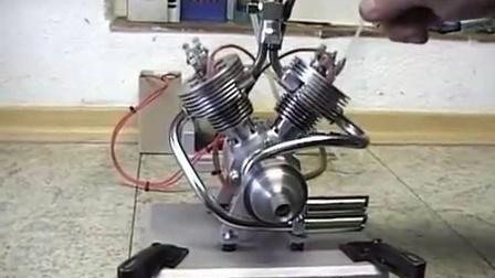 自制的V2模型发动机-Eigenbau V2 Viertaktmotor LU (Modellmotor)