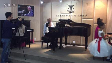 王书研新概念钢琴教程录制现场--告诉罗蒂阿姨