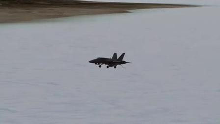 F18着舰瞬间