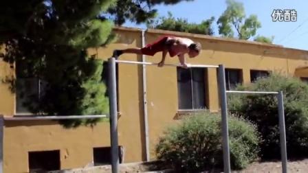 15岁丹麦小男孩 2年从瘦弱到健壮有力量蜕变 街头极限健身励志短片
