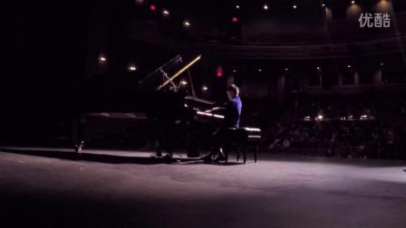 8岁的Ray Zhang张睿宏演奏Sonatina in A Minor Op88 No3 by Kuhlau