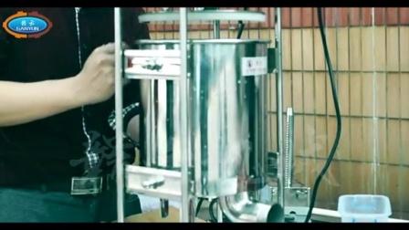 实拍电动灌肠机灌香肠全过程美味腊肠制作方法