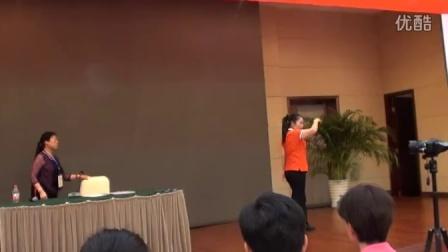 娄步月在杭州富阳全国柔力球高级教练员裁判员培训班上讲2015套路新规则M2U02196