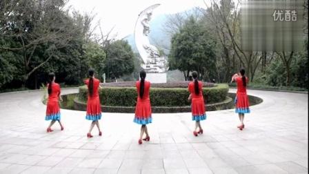 张春丽广场舞「绣满霞光的蒙古袍」编舞...