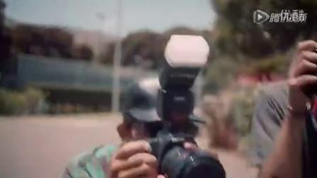 完美假日+Bella+Hadid泳装登《i-D》大片