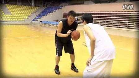 【CBA篮球招牌动作】朱芳雨探步假动作投篮