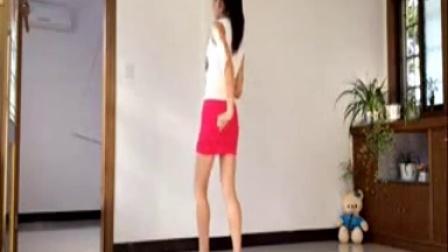 新生代广场舞 因为爱着你(步子舞)柠檬 编舞 杨丽萍,点我头像或用户名看更多精彩视频_标清_baofeng
