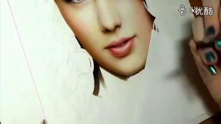 国外美女画家彩铅手绘Taylor Swift