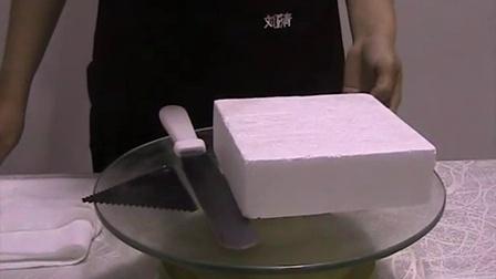 看完刘清蛋糕培训学校的这个视频,感觉我能自己动手了。MOV02B