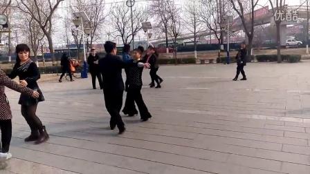 桑巴集体舞蓝玫瑰广场舞队