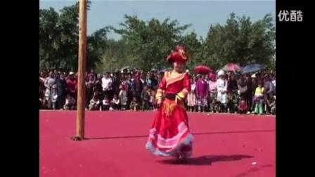 苗族优雅花山舞蹈
