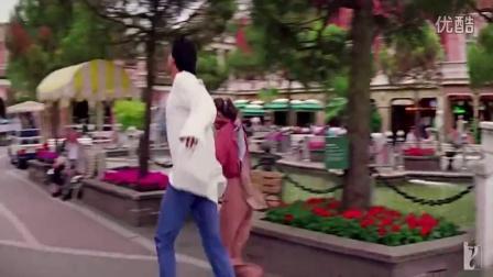 印度巨星Madhuri Dixit&阿克谢·库玛尔Akshay Kumar俏皮歌舞:《我心狂野Dil To Pagal Hai》主题曲