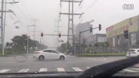 Piaa雨刷大雨中效果