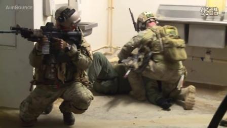 """美国""""绿色贝雷帽"""" 特种部队-近距离突袭作战演习"""