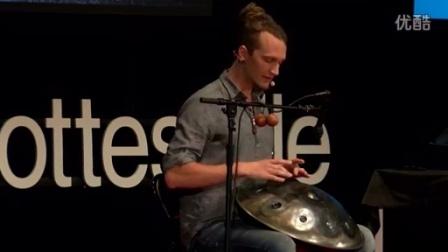 Daniel Waples 在 TEDxCharlottesville的 handpan 手碟演讲/hang drum