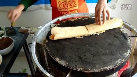 杂粮煎饼的制作过程 煎饼培训  煎饼果子酱的制作方法 哪里可以学做山东杂粮煎饼  煎饼果子的面怎么活