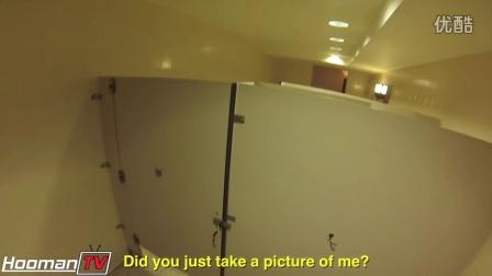 公共厕所偷窥恶作剧