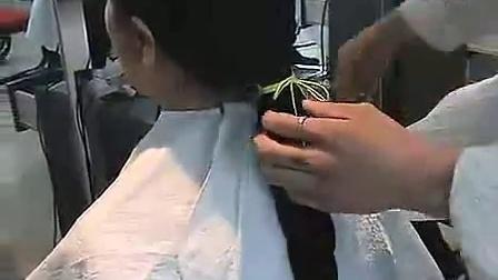 中年妇女剪大辫子3.39