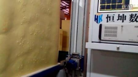 东莞恒坤数控海绵切割机 海绵异形切割设备 海绵仿形加工机械