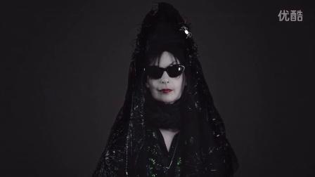 12个月看时尚(10月):斗篷时尚巫师的线条动画