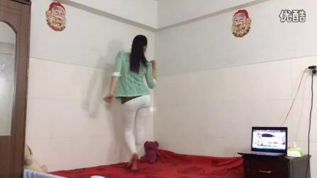 青青世界广场舞 时尚32步DJ 《爱如星火》情歌对唱 冷漠 、杨小曼_超清