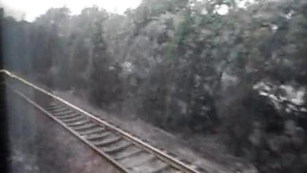 游黄山K25列车上拍摄的视频