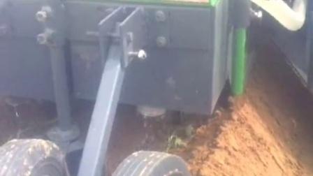 一垄两行红薯移栽机 红薯、甘薯、紫薯、秧苗移栽机、红薯起垄机