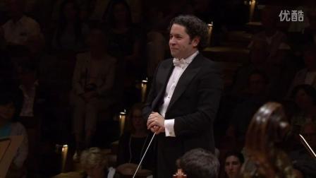 杜达梅尔指挥柏林爱乐—马勒第一交响曲