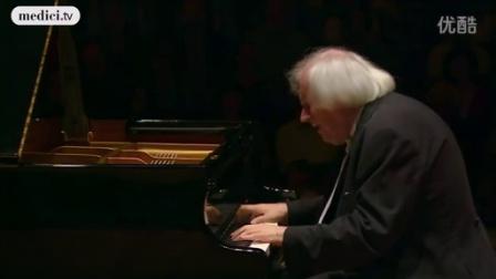 格里戈里·索科洛夫演奏舒伯特《三首钢琴小品》
