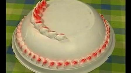生日蛋糕的裱花 鲜奶蛋糕的做法_标清