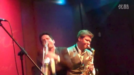 Dave Koz and Michael Lington perform My