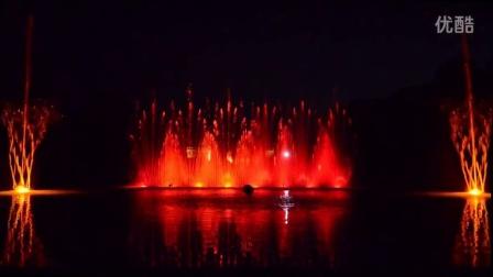 """法国国际水秀的世界之旅-法国吕内维尔""""城堡里的水之交响乐"""""""