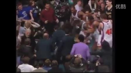 NBA史上最严重17次打架群殴合集(乔丹 科比打架视频)