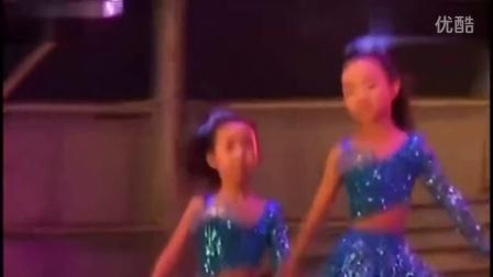 儿童舞蹈视频大全连续播放 《微笑的季节》
