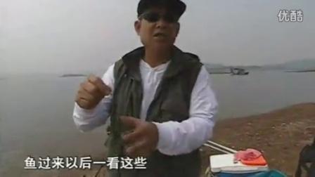 密制玉米粒鱼饵配方 余师傅鱼饵钓鱼季 秋季水溏野钓鲫鱼技巧