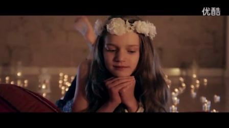 小萝莉Sapphire-Ellie Goulding热单《Love Me Like You Do》_高清