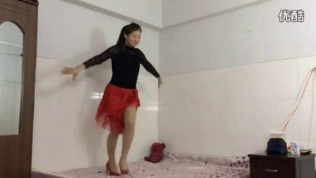 优酷青青世界广场舞 超美的恰恰健身舞《念君》原创杨丽萍_标清
