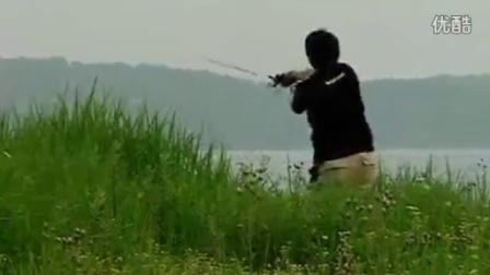 钓鱼提杆技巧视频_手杆垂钓技巧_路亚钓翘嘴鱼技巧