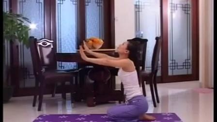 7天瘦身塑形 练瑜伽的好处和坏处怎样学瑜伽 练出S曲线