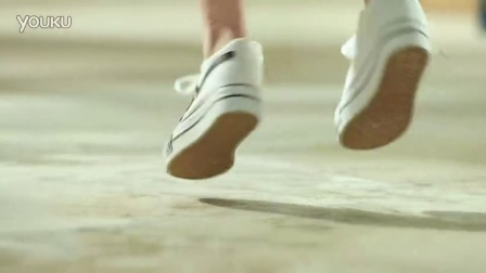【赵丽颖】天宏制鞋-赵丽颖代言梵不凡帆布鞋品牌