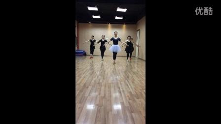 广西·我要飞舞蹈艺术中心第一期成人芭蕾班作品《月光》