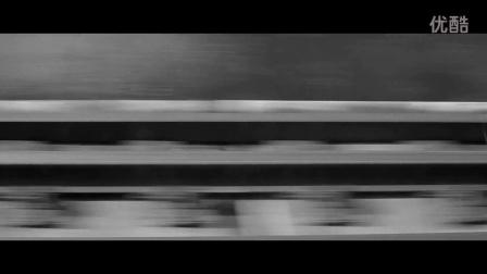 黑白短片配合动力鼓点带你领略芝加哥铁轨风情