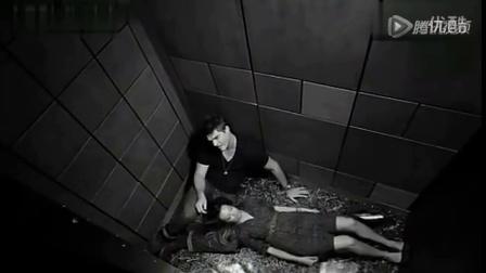 民间实拍:电梯果然是激情戏好去处 男女上演类春宫戏码